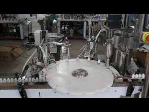 automaattinen silmätippojen täyttö kone, pieni pullojen täyttö ja sulkemiskone